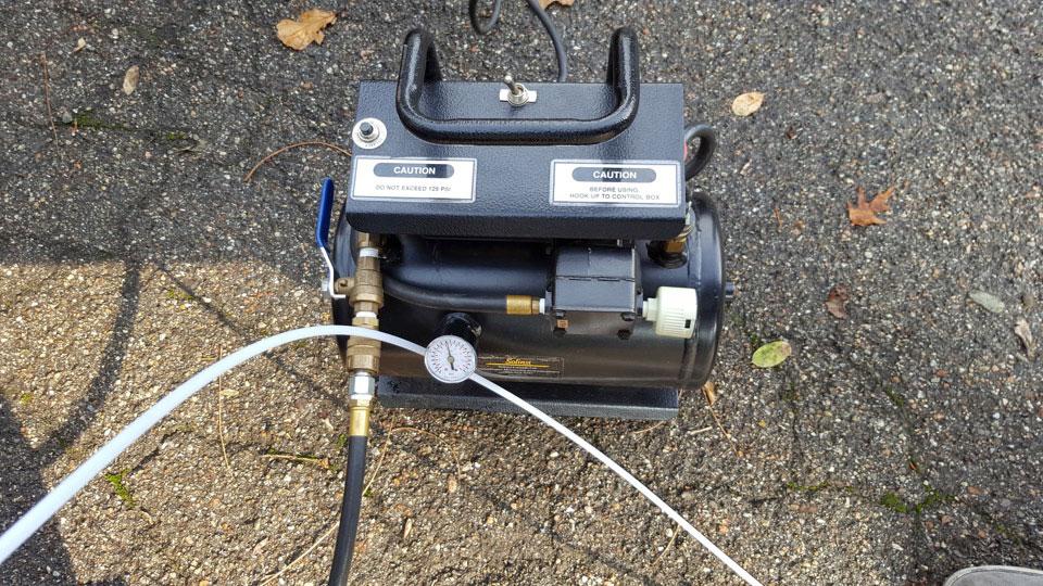 solinst 12 volt oilless air compressor