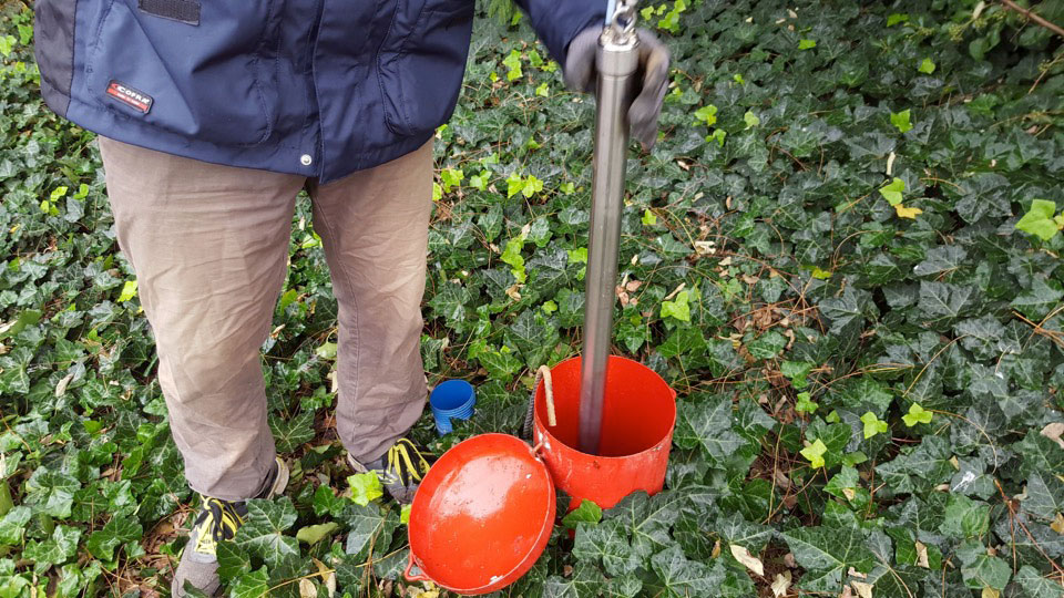 solinst bladder pump lowered down groundwater monitoring well