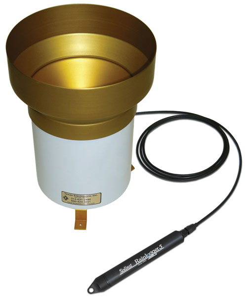 solinst rainlogger connected to tipping bucket